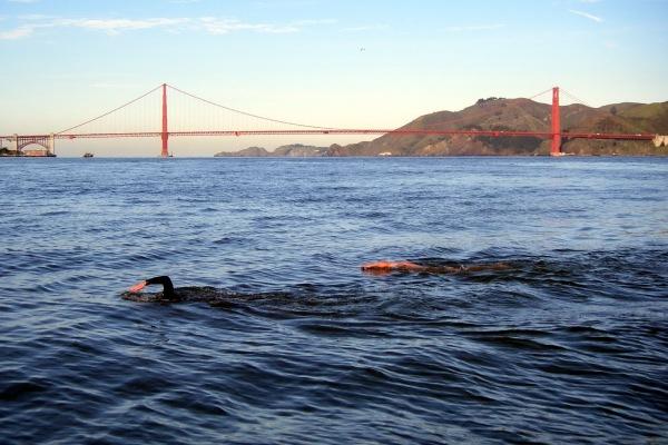 how long to swim from alcatraz to sf
